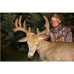 Alberta – 8 Day – Archery Whitetail Deer Hunt for One Hunter