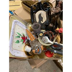 Lot of collectibles