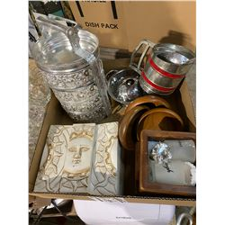 lot bowls and sifter ect