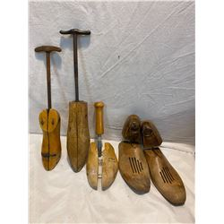 Shoe stretchers and moulds