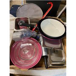 Box wok, pans and bowls