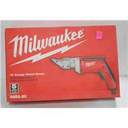 MILWAUKEE ELECTRIC 18 GAUGE METAL SHEAR