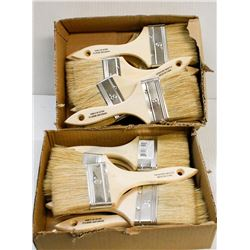 """2 SMALL TRAYS OF 3"""" WOODEN HANDLE PAINT BRUSHES"""