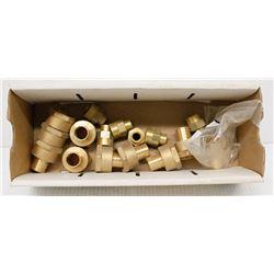 BOX OF ASSORTED BRASS ADAPTOR FITTINGS