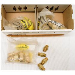 BOX OF ASSORTED BRASS FITTINGS