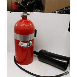 NEW 10LB CARBON DIOXIDE FIRE EXTINGUISHER