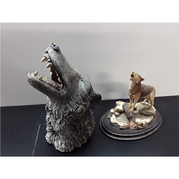 Howling Wolf Figurines