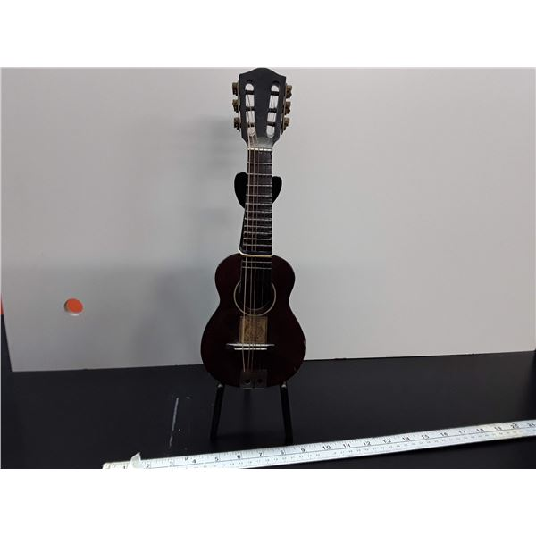 Mini Art Deco Guitar