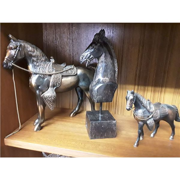 Lot of Horse Figurines