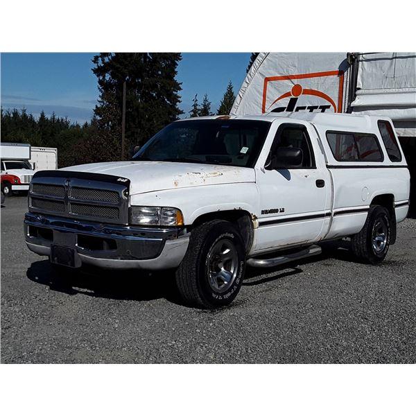 F1 --  1995 DODGE RAM 1500 REG CAB LONG BOX , White , 179978  KM'S