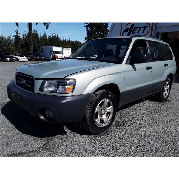 A6 --  2005 SUBARU FORESTER 2.5X  , Gold , 259785  KM's