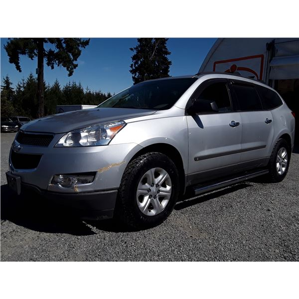 "A1 --  2010 CHEVROLET TRAVERSE LS  , Silver , 195831  KM's ""NO RESERVE"""