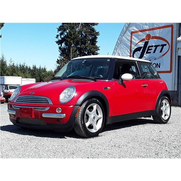 E2 --  2002 MINI COOPER , Red , 136822  KM's