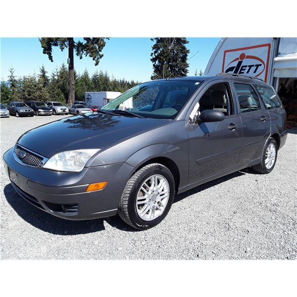 """A3 --  2005 FORD FOCUS ZXW , Grey , 186250  KM's  """"NO RESERVE"""""""