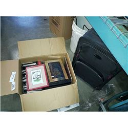 2 LUGGAGE BAGS, PICTURE FRAMES AND PHOTO ALBUMS