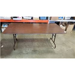6 FOOT WOOD FOLDING MARKET TABLE