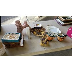 LOT OF COLLECTABLES, POODLE FIGURE, FACE CREAM AND SUGAR, HORSE FIGURES, JEWELRY BOX AND NECKLACE AN