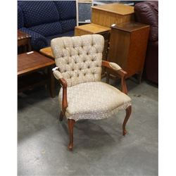 VINTAGE WOOD FRAMED BUTTON BACK ARM CHAIR