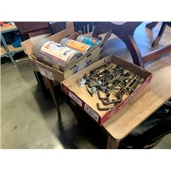 TRAY OF VINTAGE DRAWER HARDWARE AND COLLECTIBLE TINS