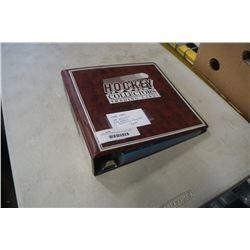 BINDER OF 1988-89 TOPPS HOCKEY CARDS