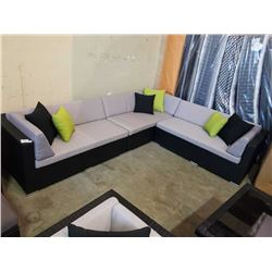BRAND NEW PREMIUM OUTDOOR GIANT L SECTIONAL W/ LIGHT GREY CUSHIONS AND 6 ACCENT PILLOWS  - RETAIL $2