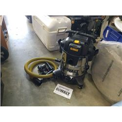 AS NEW DEWALT 10 GALLON STAINLESS WET/DRY SHOP VAC