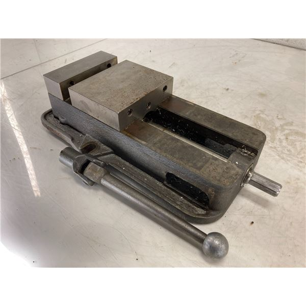 "6"" Kurt D675 Precision Machine Vise"