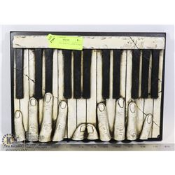 3D PIANO PLAYER GALLERY PLAQUE