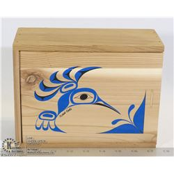 HUMMINGBIRD CEDAR BOX