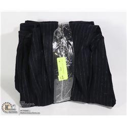 LOT OF 2 DRESS PANTS SIZE LARGE