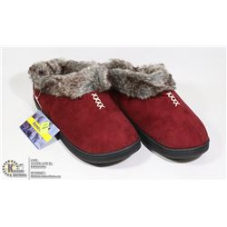 SIZE US 11 WOMENS SLIPPERS