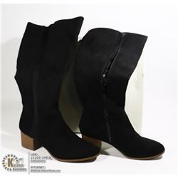 WOMENS TALL BLACK BOOTS 5.5
