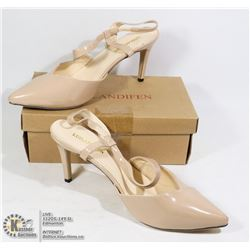 NEW PAIR OF NUDE HEELS BEIGE SIZE EU 41