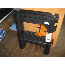 WORX CLAMPING SAWHORSE CHIPPED