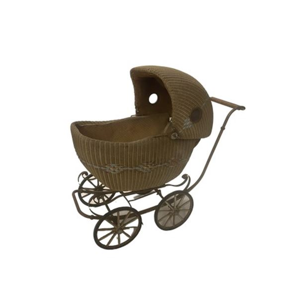 Annabelle: Creation Baby Carriage Movie Props
