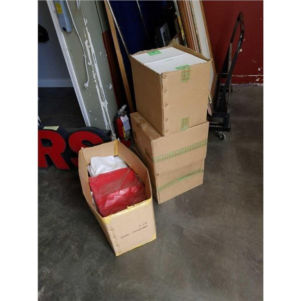 Four boxes of gift boxes and bags