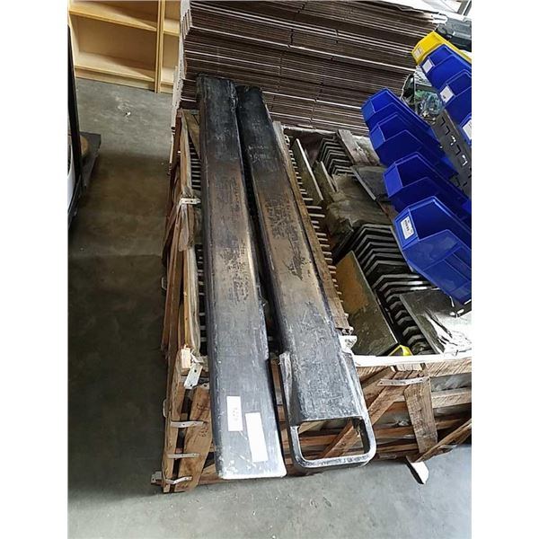 Pair of 5 foot forklift extension