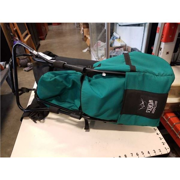 HIKING PACK CHILD CARRIER