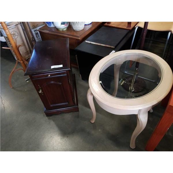 OVAL GLASSTOP ENDTABLE AND WOOD STAND