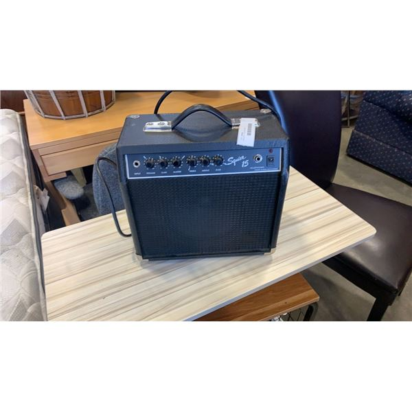SQUIER 15 GUITAR AMP