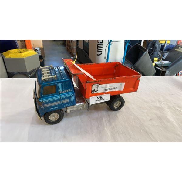Vintage ertl dump truck USA made