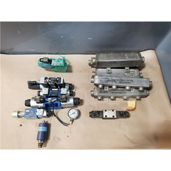 LOT OF MISC VALVE PARTS *SEE PICS FOR DETAILS*