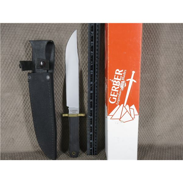 Gerber Bowie Knife #5978 with Cloth Sheath