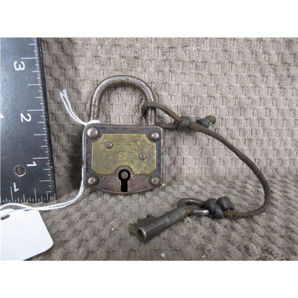 1 1/2 Tour 6 Lever Lock with Key and Works