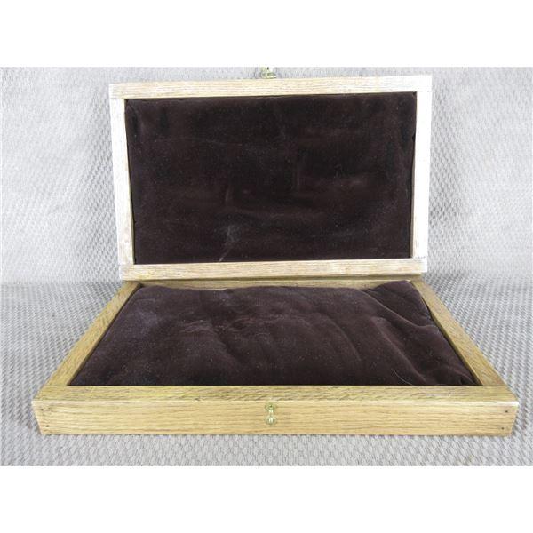"""Oak Wood Box 15 1/2"""" X 9 1/2"""" X 3"""" Missing Hardware"""