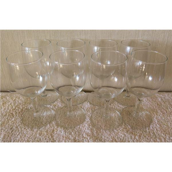 """Qty 8 Stemmed Wine Glasses 3""""x5.5""""H"""