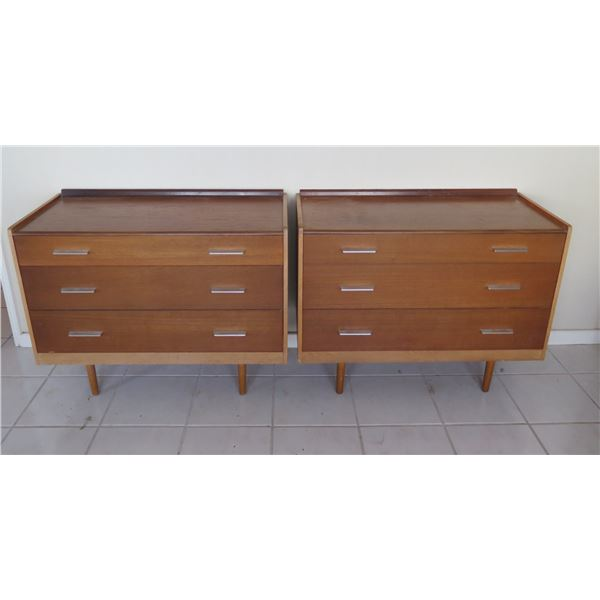 """Qty 2 Stag Furniture Wooden Nighstands w/ Three Drawers 36""""x17""""x28""""H"""