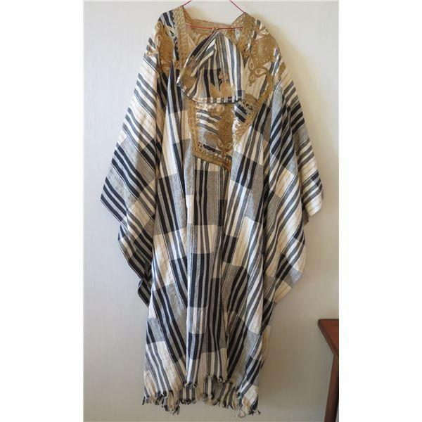 Vintage Gold Burgundy Kimono w/ Striped Design
