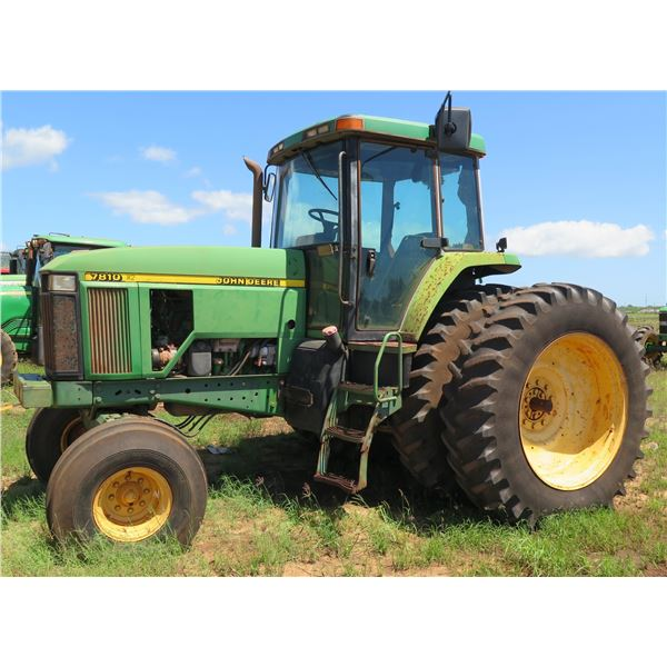 1997 John Deere 7810 -(Not Running-Major Oil Leak-Some Replacement Parts Included)