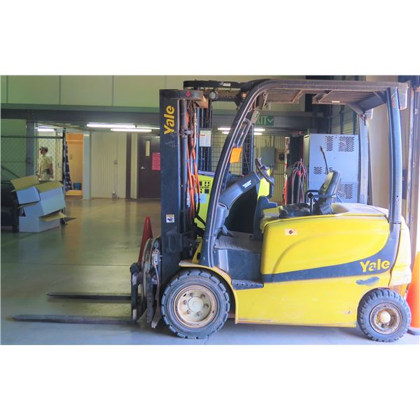 Yale Electric Forklift w/Full Rotation Dumping Feature (Powers On Needs Repair)